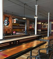 ‪Forest City Shuffleboard Arena and Bar‬