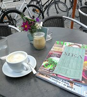 Mea Cafe Bar