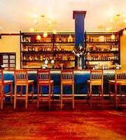 Captain's Bar at Savoy Hotel