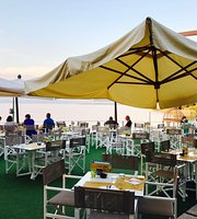 Dolcevita Beach Restaurant & Bar
