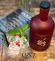 Janz Bar & Kitchen