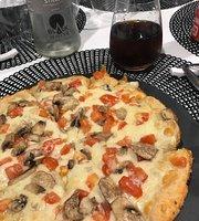 Black and White Pizzeria Ristorante