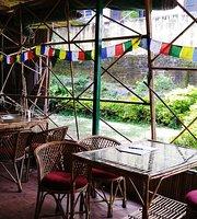 Sifar - Art, Music & Cafe