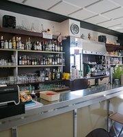 Le Grand Café des Nines