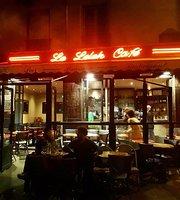 Le Lelek Cafe