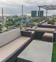 Level Seven, Gastropub & Rooftop Lounge