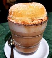 Dietro L'Angolo Cafe