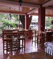 Hacienda Guachipelin Restaurant & Bar