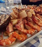 Castle Restaurant Loukas Georgiou Magement Ltd. Delicious Food And Drink