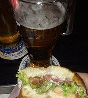Ruff's Burger and Bar
