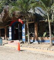 Cocos Sports Bar