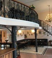 Cafe Bar Riviera