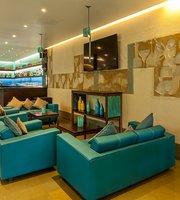 Risa Bar & Cafe