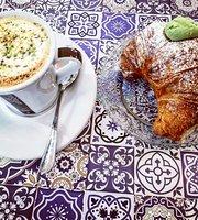 Shehrazad Café