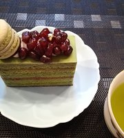 Cake House Apricot