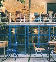 Kargadan Cafe