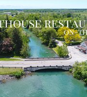 The Lighthouse Restaurant on-the-Pkwy