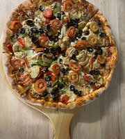 Boston Pizza & Bar