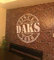 Daks Roast and Ribs