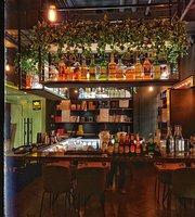 The Kettlery Tea Bar & Kitchen