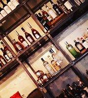 Aurum Bar