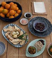MOJO Mediterranean Eatery