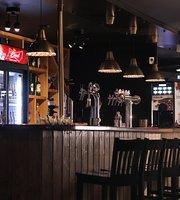 Bizon Grill Pub