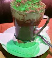Brown's Cafe Bar