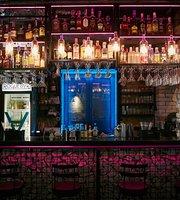Rogue Bar