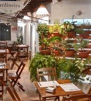Jardineira Saladas e Grelhados