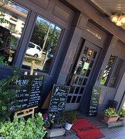 Millet Cafe