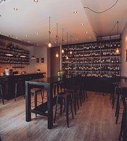 EPICUR - Wine Boutique & Bar