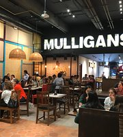 Mulligan's Chicken & Waffles