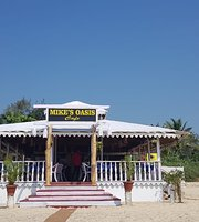 Mikes Cafe Beach Oasis