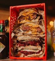 200 Gramos Burger & Beverage