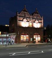 Caspari Lounge & Restaurant