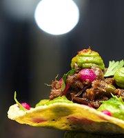SAVOR Restaurante y Tapas