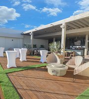 La Azotea Rooftop & Raw Bar
