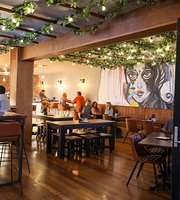 Craft House Bar and Restaurant
