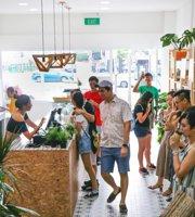 Thrive by Boxgreen and An Acai Affair