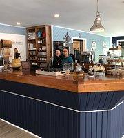 Lock Stop Cafe, Buckhorn, On