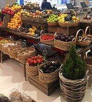 Daylesford Organic Farmshop and Café, Brompton Cross