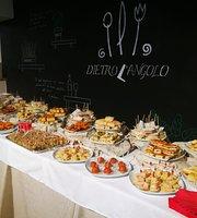 Dietro l'Angolo
