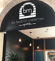 Les Beatnik Modernes coffee shop