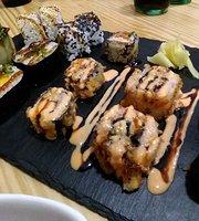 La cantina tapas y sushi
