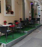 Caffe Bar Tik