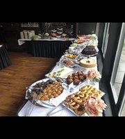 730 Tavern kitchen & Patio