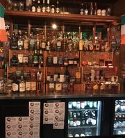 McGuiness Irish Pub