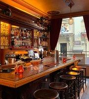 Cafe De Deugniet