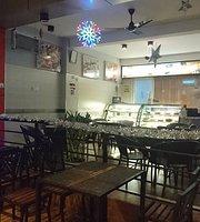 Glace Cafe & Restaurant